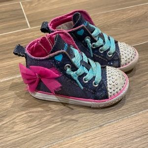 Skechers girl lite up high top running shoes size8